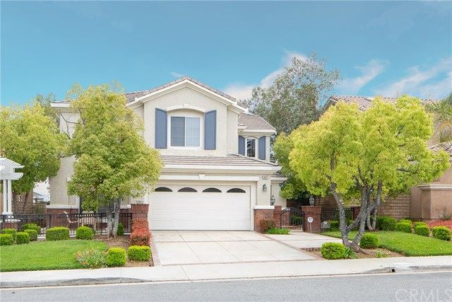 Photo for 28211 Gold Canyon Drive, Saugus, CA 91390 (MLS # DW19089360)