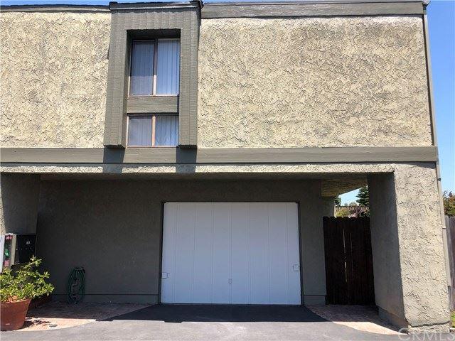 Photo of 2512 Florida Street, Huntington Beach, CA 92648 (MLS # OC21028360)