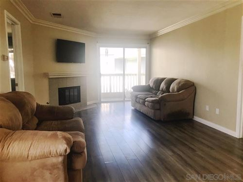 Tiny photo for 8855 Chatlake Drive, West Hills, CA 91304 (MLS # 220000361)