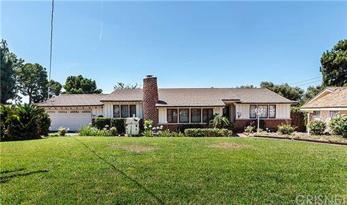 Photo of 13711 Woodcock Avenue, Sylmar, CA 91342 (MLS # SR20151361)