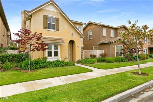 Photo of 414 Lakeview Court, Oxnard, CA 93036 (MLS # V1-8361)
