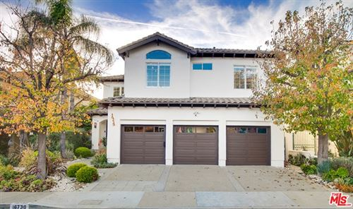 Photo of 16730 Calle Arbolada, Pacific Palisades, CA 90272 (MLS # 21677362)
