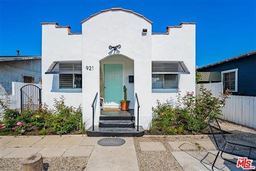 Photo of 921 Milwood Avenue, Venice, CA 90291 (MLS # 21768362)
