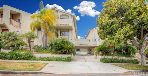 Photo of 107 S Helberta Avenue #3, Redondo Beach, CA 90277 (MLS # CV20148362)