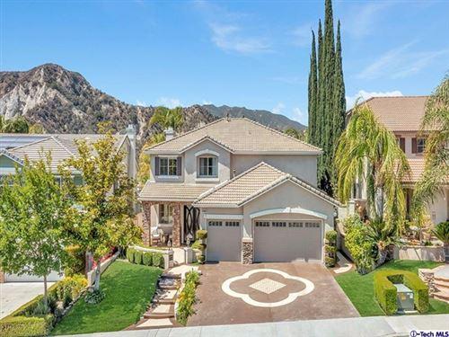 Photo of 26330 Beecher Lane, Stevenson Ranch, CA 91381 (MLS # 320006363)