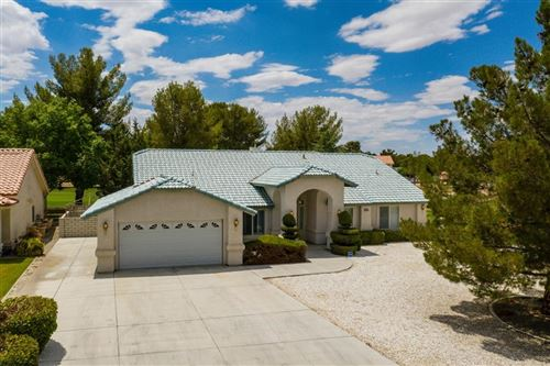 Photo of 15036 Blue Grass Drive, Helendale, CA 92342 (MLS # 537363)