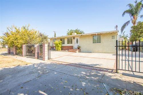 Photo of 8512 Cantaloupe Avenue, Panorama City, CA 91402 (MLS # SR20237363)