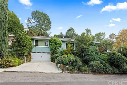 Photo of 22488 Domingo Road, Woodland Hills, CA 91364 (MLS # SR20247363)