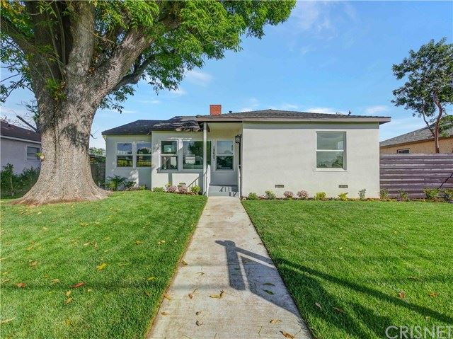 Photo for 18607 Victory Boulevard, Reseda, CA 91335 (MLS # SR20042363)