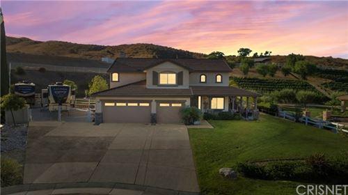 Photo of 30015 Valley Glen Street, Castaic, CA 91384 (MLS # SR20100364)
