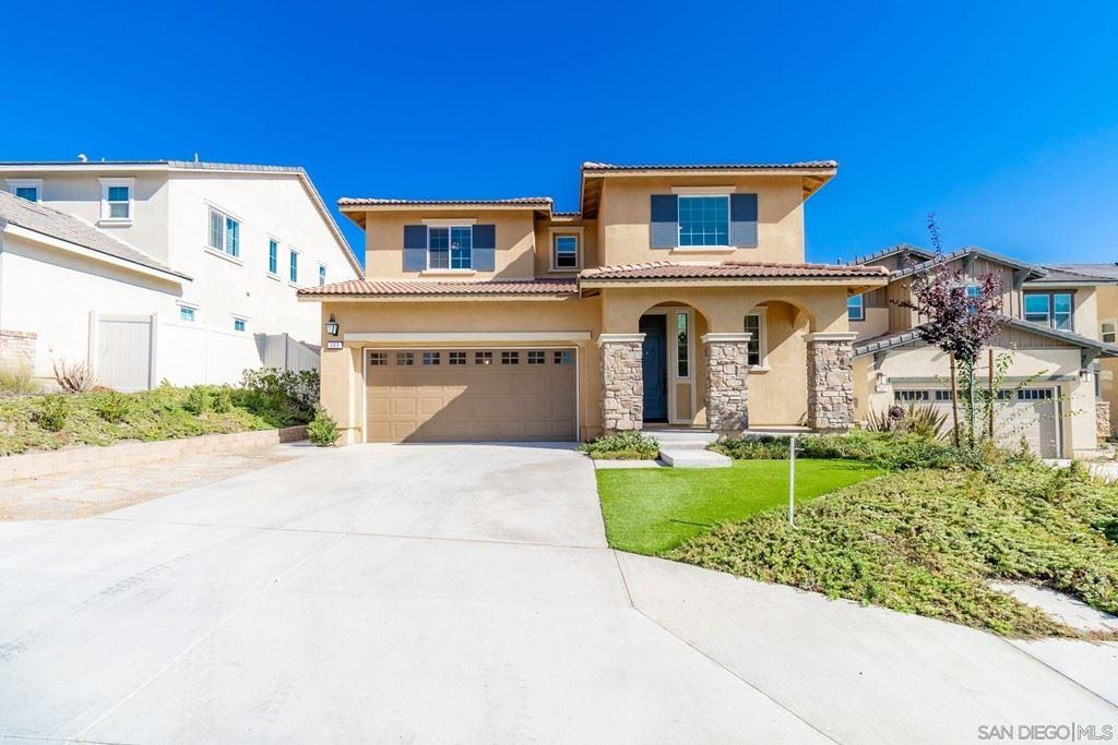 393 Calabrese St, Fallbrook, CA 92028 - MLS#: 210025364