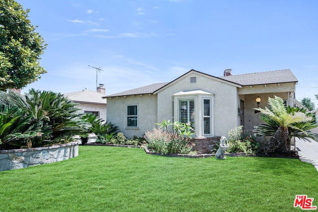 Photo of 1734 N Valley Street, Burbank, CA 91505 (MLS # 21763364)