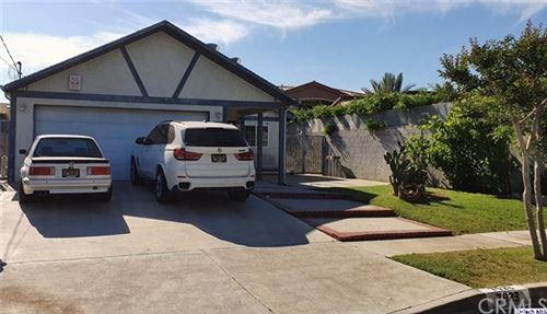 Photo of 7923 Van Noord Ave Avenue, North Hollywood, CA 91605 (MLS # 320003365)