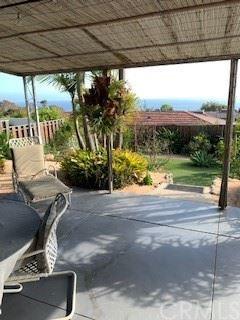 Tiny photo for 2 S Stonington Road, Laguna Beach, CA 92651 (MLS # LG21136365)