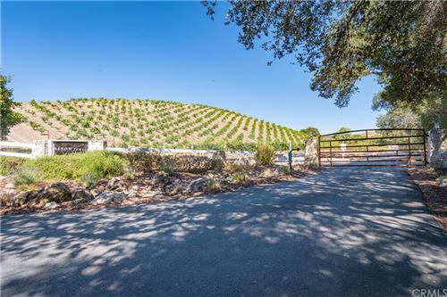 Photo of 3860 Peachy Canyon Road, Paso Robles, CA 93446 (MLS # NS21154365)