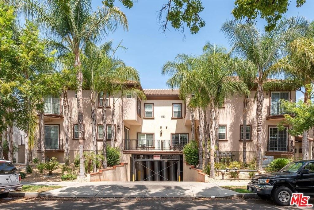 Photo of 1027 W Angeleno Avenue #101, Burbank, CA 91506 (MLS # 21763366)