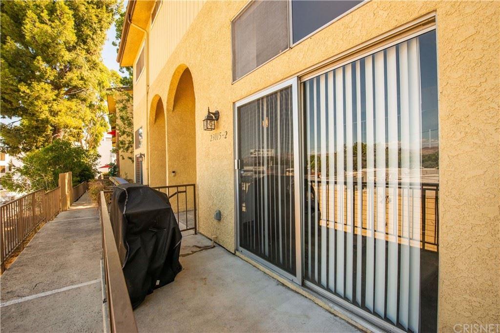 Photo of 23015 Del Valle Street #2, Woodland Hills, CA 91364 (MLS # SR21209366)