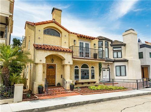 Photo of 163 Angelo Walk, Long Beach, CA 90803 (MLS # RS21118367)
