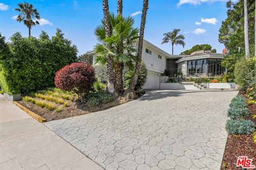 Photo of 3205 Shelby Drive, Los Angeles, CA 90034 (MLS # 20637368)