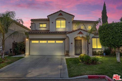 Photo of 15662 KINGSBURY Court #13, Granada Hills, CA 91344 (MLS # 20649368)