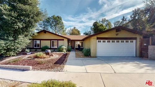 Photo of 27550 Country Glen Road, Agoura Hills, CA 91301 (MLS # 20663368)