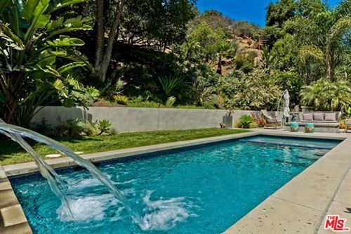 Photo of 3965 Mandeville Canyon Road, Los Angeles, CA 90049 (MLS # 21737368)