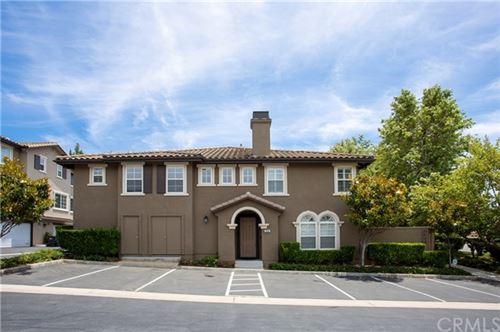 Photo of 308 Eric Place, Thousand Oaks, CA 91362 (MLS # AR20143368)