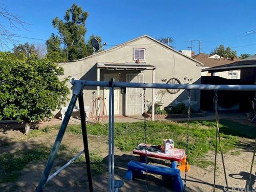 Tiny photo for 11571 Gilmore Street, North Hollywood, CA 91606 (MLS # BB21034368)