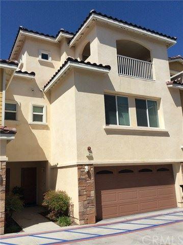 Photo of 1556 W Katella Avenue #104, Anaheim, CA 92802 (MLS # OC20082369)