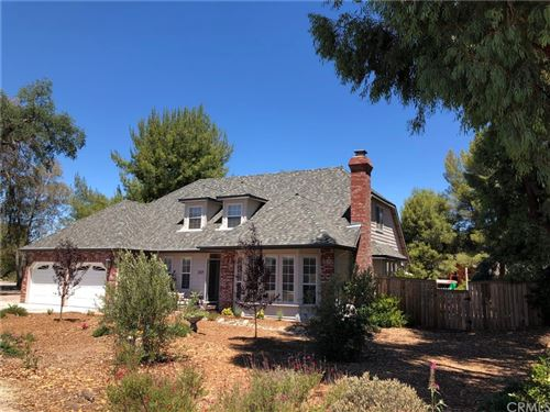 Photo of 2314 Ashwood Place, Paso Robles, CA 93446 (MLS # OC21225369)