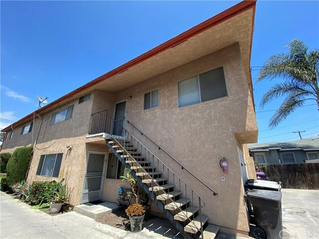 Photo of 2830 E 5th Street, Long Beach, CA 90814 (MLS # DW21105369)
