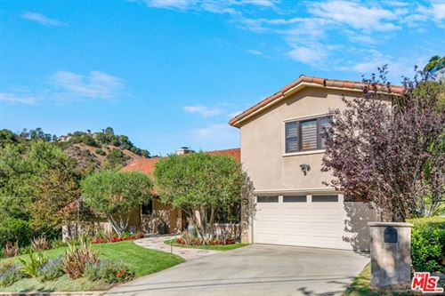 Photo of 9545 Dalegrove Drive, Beverly Hills, CA 90210 (MLS # 20657370)