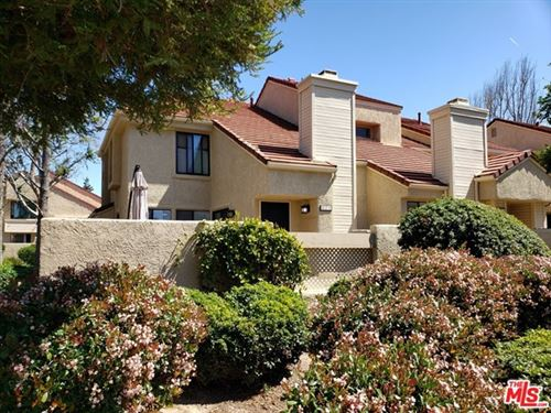 Photo of 2246 Birch Glen Avenue #125, Simi Valley, CA 93063 (MLS # 21709370)