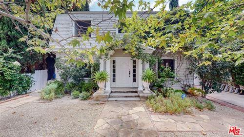 Photo of 886 S Norton Avenue, Los Angeles, CA 90005 (MLS # 21759370)