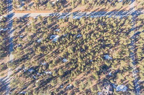 Photo of 1033 Wilderness Drive, Big Bear, CA 92314 (MLS # EV21048371)