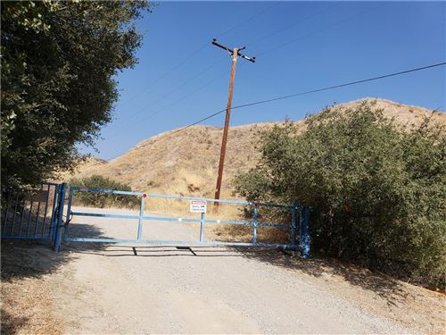 Photo of 0 Blue Cloud Road, Saugus, CA 91390 (MLS # SR20195371)