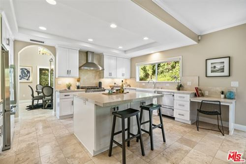 Photo of 28905 W BEACH Lane, Malibu, CA 90265 (MLS # 20614372)