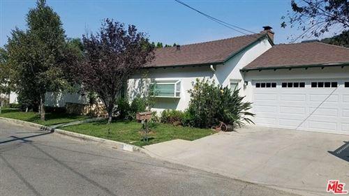 Photo of 3570 Camino De La Cumbre, Sherman Oaks, CA 91423 (MLS # 20668372)