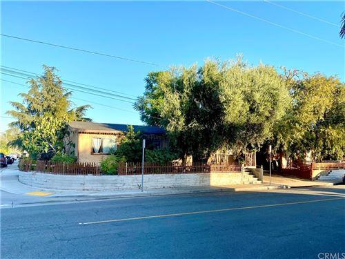 Photo of 18612 earlham, Orange, CA 92869 (MLS # OC21235372)