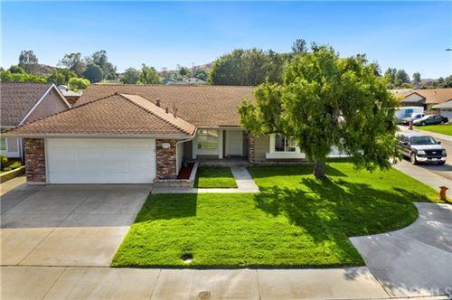 Photo of 28315 Alaminos Drive, Saugus, CA 91350 (MLS # BB21100373)