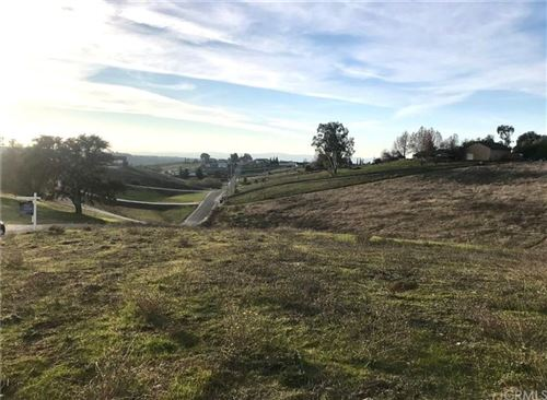 Photo of 0 Prancing Deer Place, Paso Robles, CA 93446 (MLS # NS21209374)