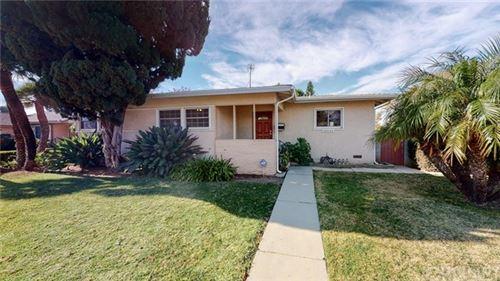 Photo of 10955 Gerald Avenue, Granada Hills, CA 91344 (MLS # SR21002374)