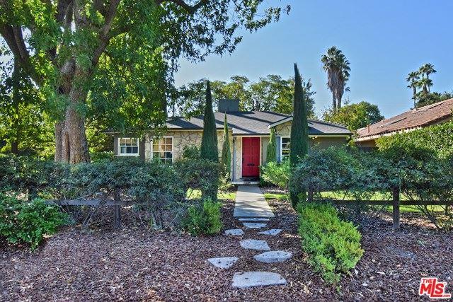 Photo for 14702 Hesby Street, Sherman Oaks, CA 91403 (MLS # 20643374)