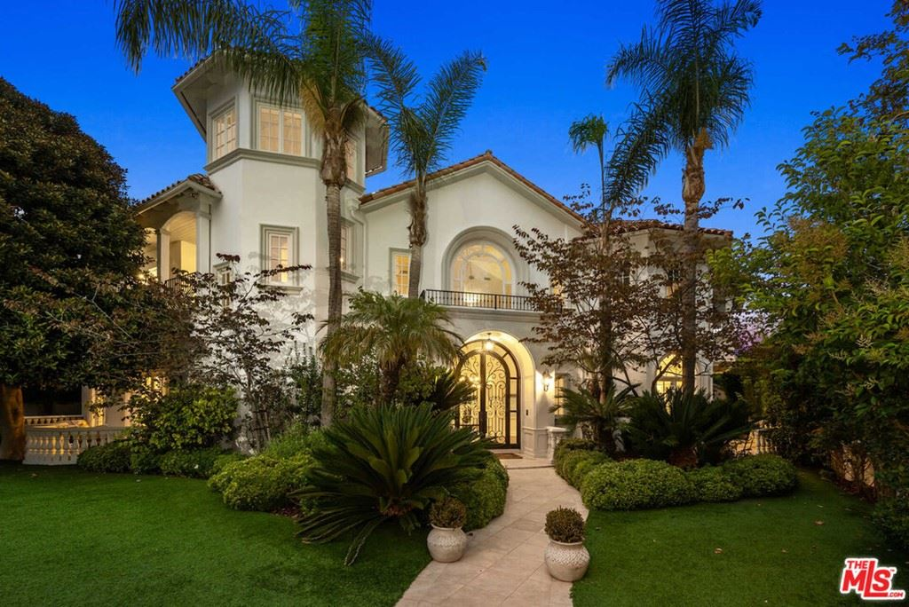 Photo of 1206 Amalfi Drive, Pacific Palisades, CA 90272 (MLS # 21786374)