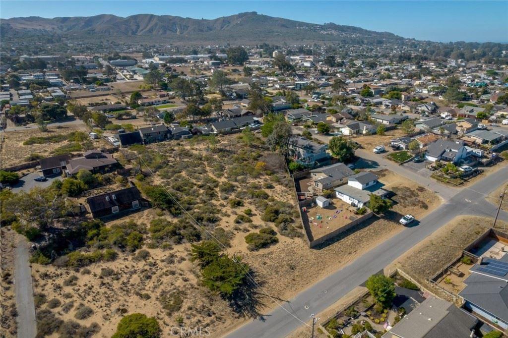 Photo of 1295 San Luis Avenue, Los Osos, CA 93402 (MLS # SC21227374)