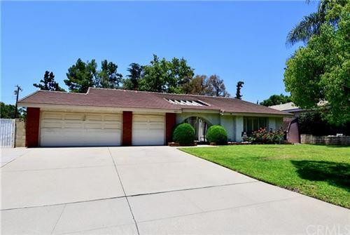 Photo of 2251 Grand Avenue, Claremont, CA 91711 (MLS # CV20046375)