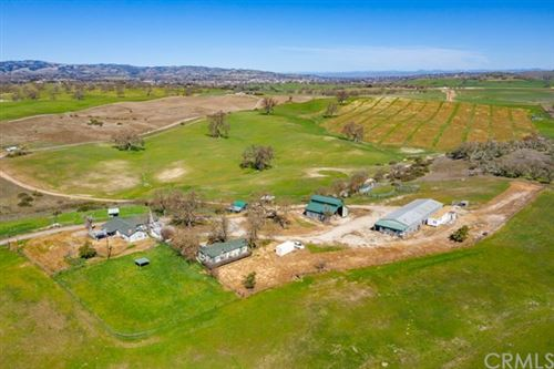 Photo of 1610 Templeton Road, Templeton, CA 93465 (MLS # NS19237375)