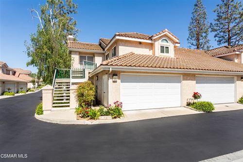 Photo of 272 Fieldstone Way #C, Simi Valley, CA 93065 (MLS # 221002376)