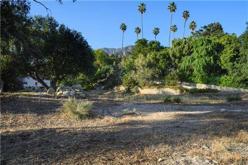 Photo of 1550 Homewood Drive, Altadena, CA 91001 (MLS # PF21095376)