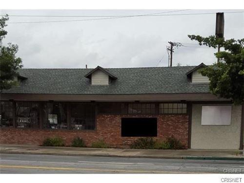 Photo of 817 N Hollywood Way, Burbank, CA 91505 (MLS # SR21011376)